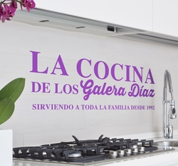 Vinilo decorativo cocina familiar